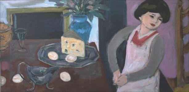 Flavie Isorni sur le coin de la table